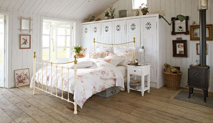 Country Bedroom Flooring. Rustic Bedroom. Country Interior Design