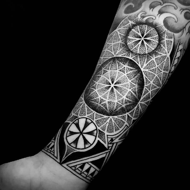 dotwork geometric tattoo - dotwork tattoo - dotwork tattoo mandala