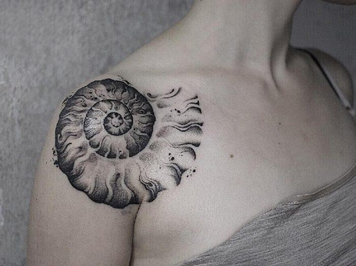 simple dotwork tattoo - dotwork geometric tattoo - dotwork tattoo for women