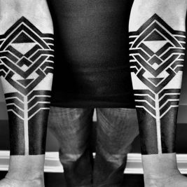 geometric blackwork tattoos - blackwork tattoo - blackwork tattoo meaning