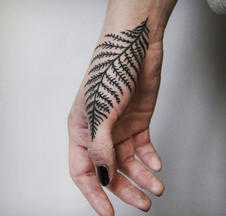 Hand Tattoo Ideas for Girls - Female Hand Tattoos